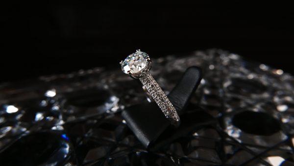 Sarin Ring