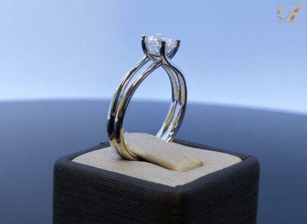 Amora Gem Sargas Ring